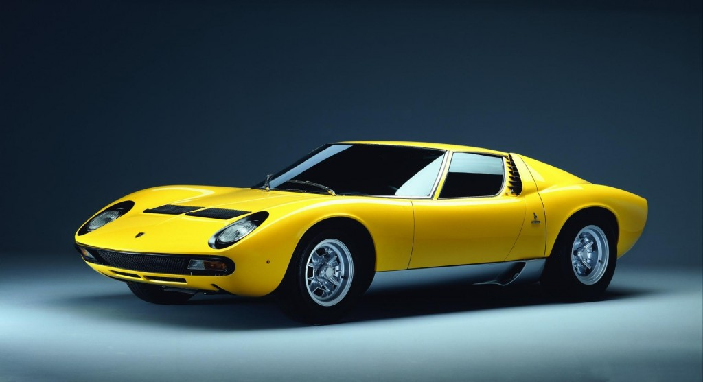 1971-Lamborghini-Miura-SV-Coupe-Image-08