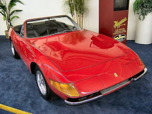 1971_Ferrari_365_GTS_Daytona